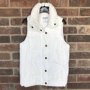 Old Navy White Puffer Vest, Small